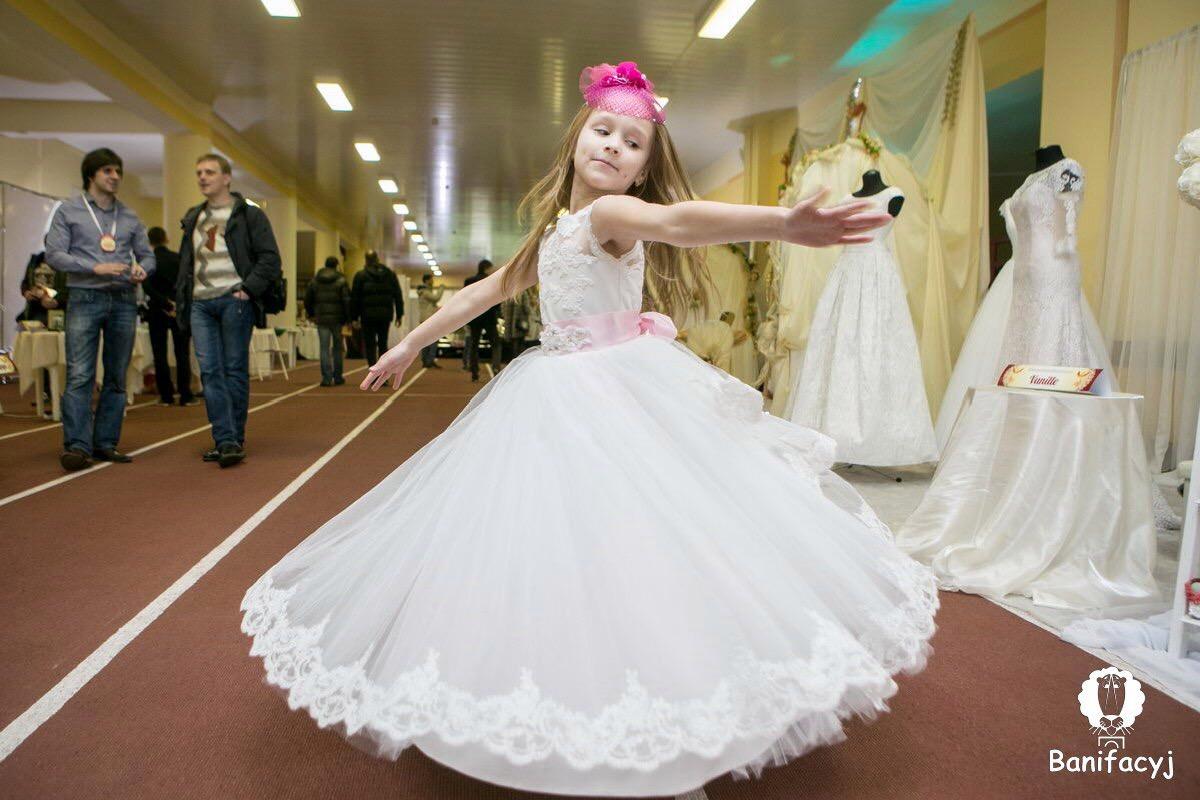 Фото невест в возрасте 17 фотография