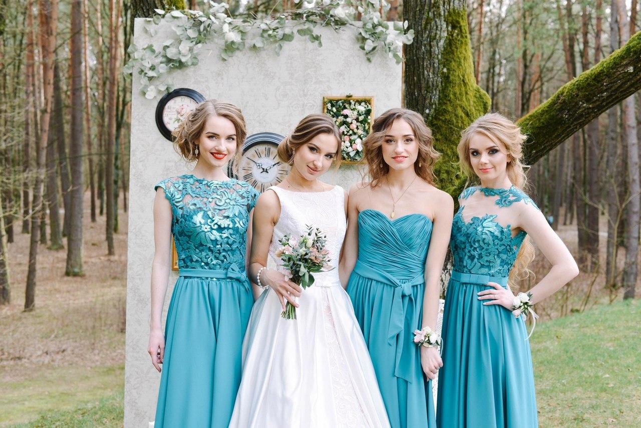 платья невесты фото подружка