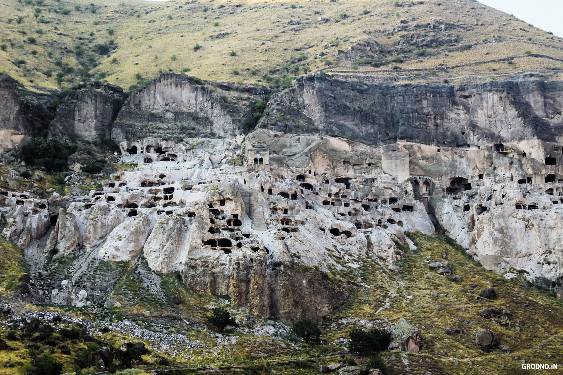 Хинкали, древний монастырь и долгая дорога домой. Гродненка съездила в Грузиюавтостопом за $130